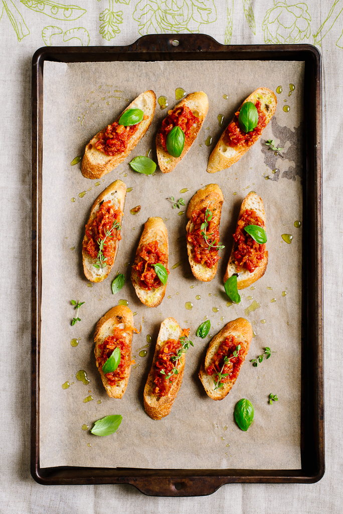 Squash Tomato Jam Crostini | Flavors of Light