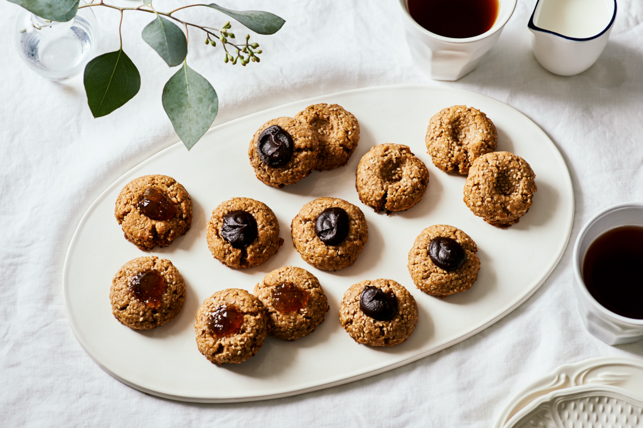 Sesame Dark Chocolate Thumbprint Cookies | Flavors of Light