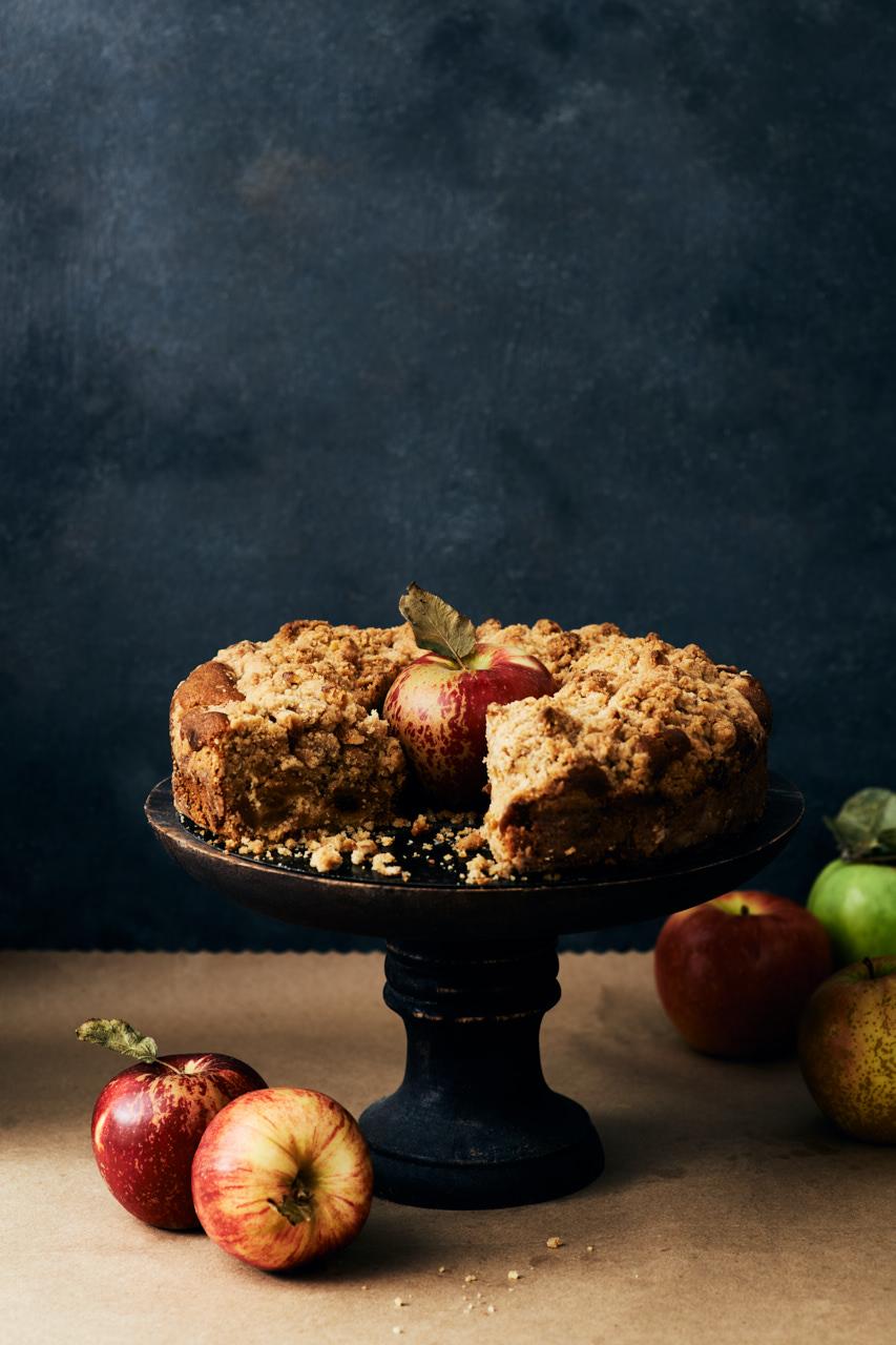 Chunky Apple Crumb Cake | Flavors of Light